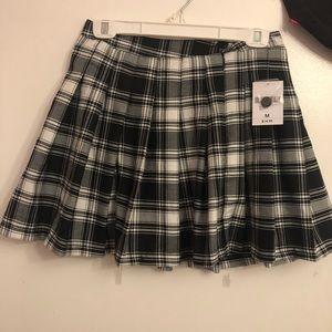 NWT Forever 21 Plaid Pleated Mini Skirt